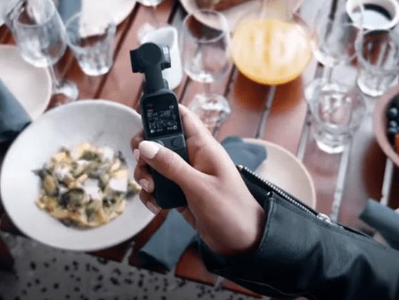 DJI a lansat camera video portabilă Pocket 2. Ce poate face o astfel de cameră