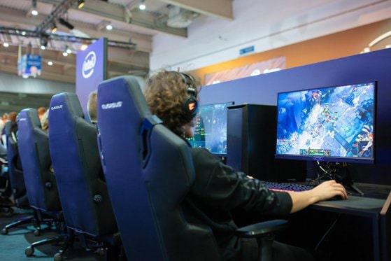 Industria jocurilor video se pregăteşte să devină brand naţional în Polonia