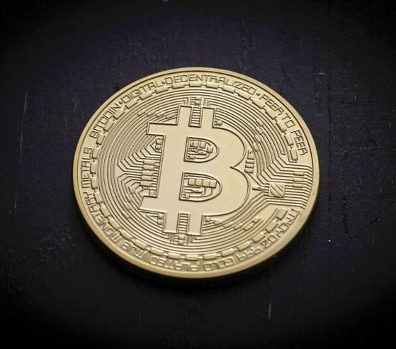 Bitcoin în pericol. Una dintre cele mai mari ţări din lume interzice criptomonedele. Investitorii au şase luni să scape de monedele virtuale