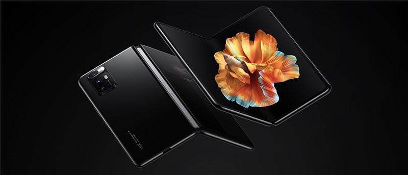 Xiaomi a anunţat primul său telefon cu ecran pliabil. Prin ce caracteristică impresionează