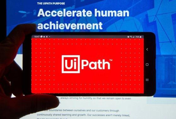 Moment istoric pentru industria de IT din România. UiPath se listează la bursa din New York