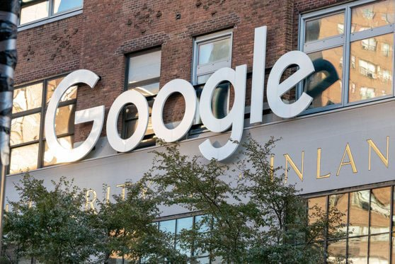 Monopol Google pe piaţa italiană. Compania a fost sancţionată cu 100 milioane de euro de autoritatea pentru concurenţă