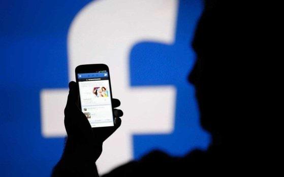 Pedeapsă cu închisoarea pentru cei care sparg conturile de socializare. Sfaturi pentru protejarea datelor