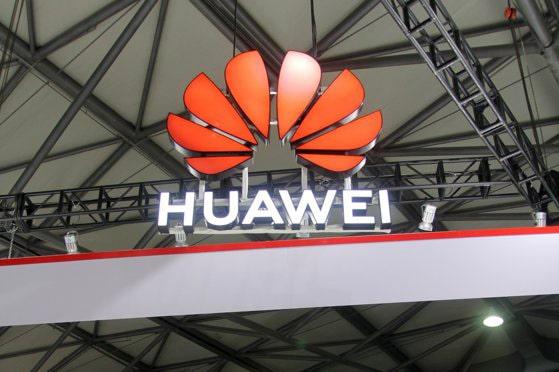 Mişcare importantă în piaţa smartphone-urile: Huawei renunţă la Android şi lansează propriul sistem de operare