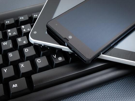 Ţările din Uniunea Europeană ar putea avea mufă unică pentru încărcătoare mobile